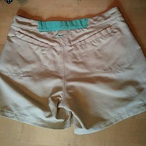 Nike fit dry khaki 5 in shorts